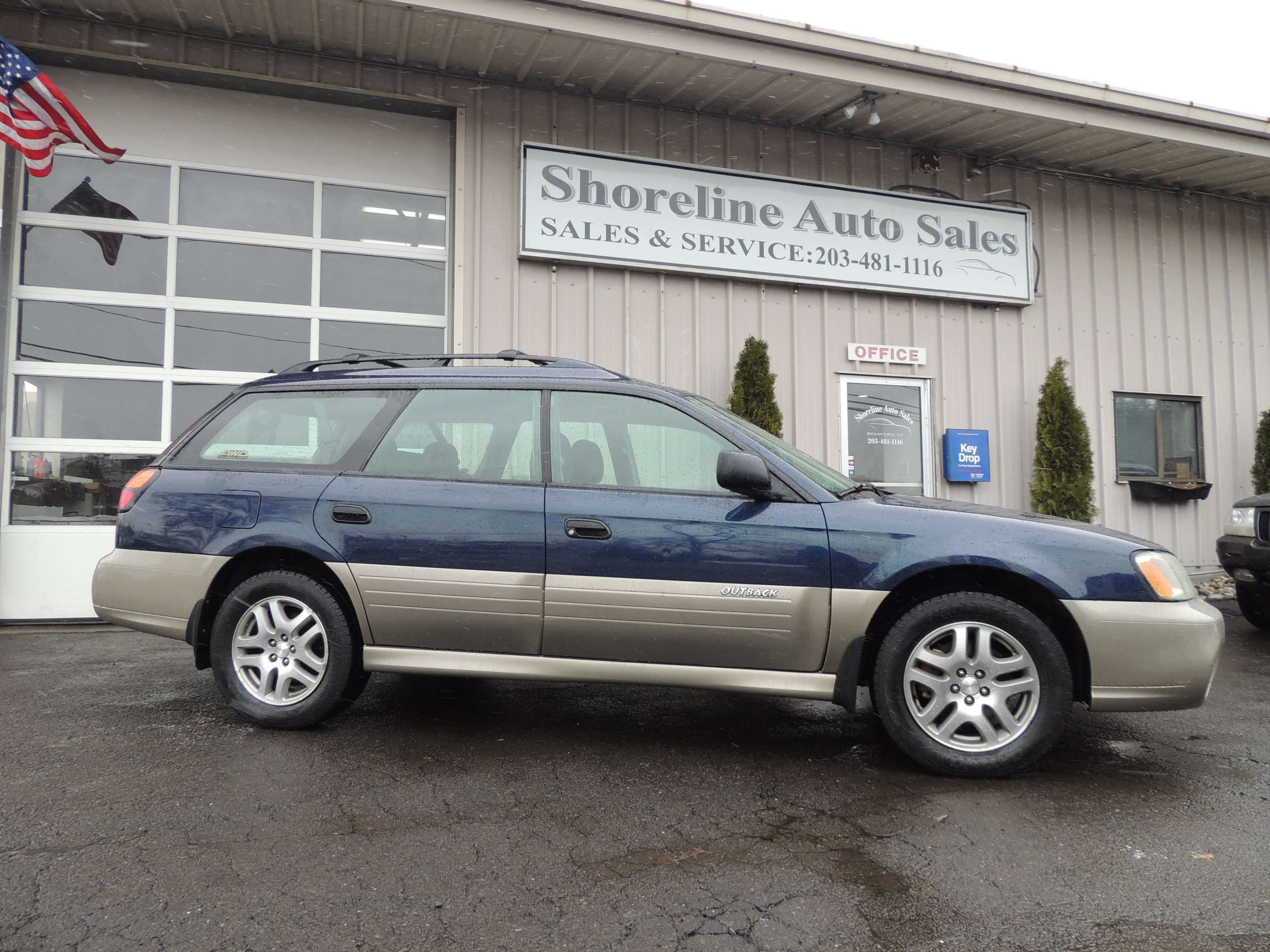 2004 subaru outback 5 speed manual shoreline auto sales previousnext features overview new arrival 2004 subaru outback vanachro Gallery