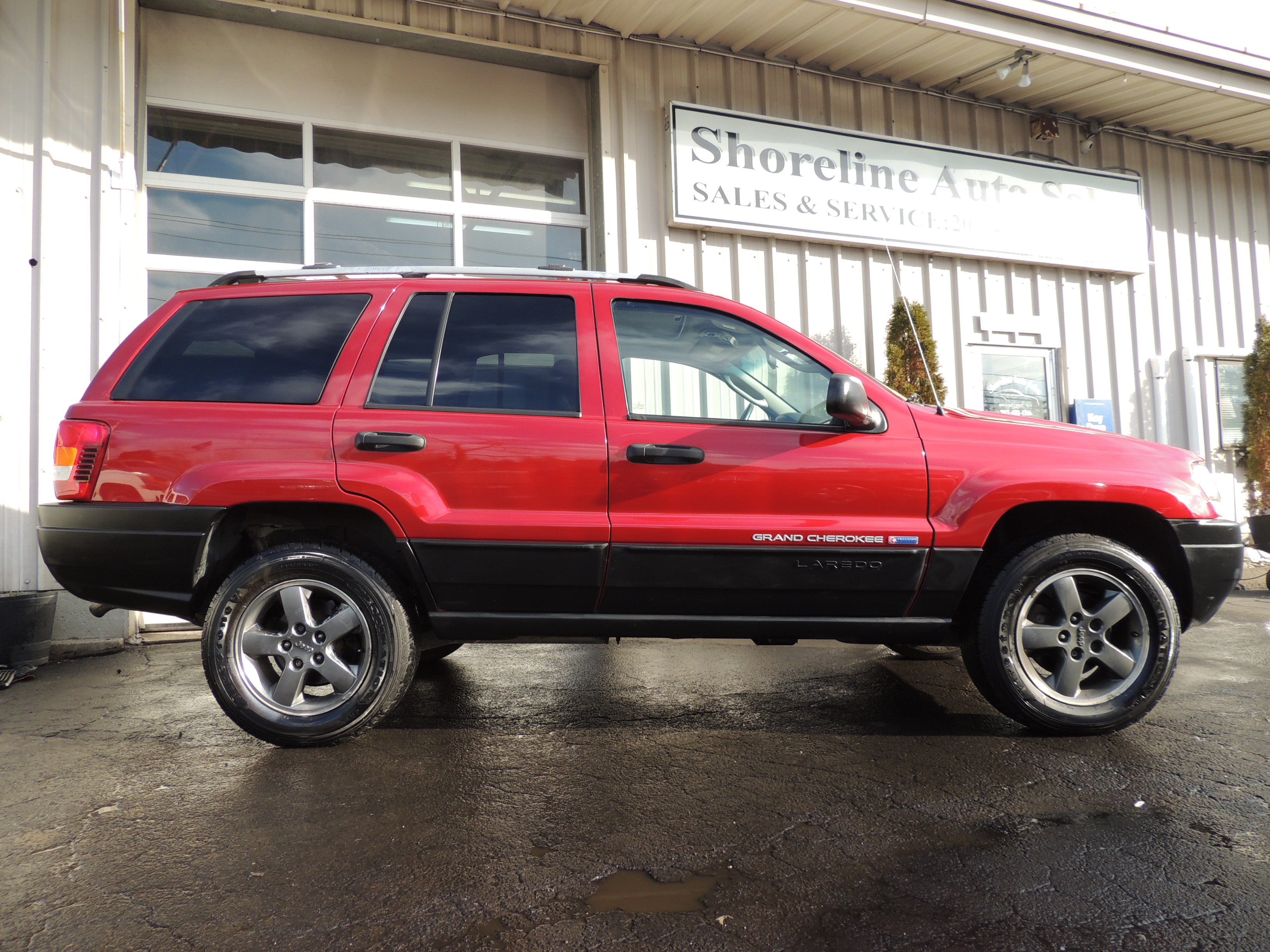 2004 jeep grand cherokee freedom edition shoreline auto sales. Black Bedroom Furniture Sets. Home Design Ideas