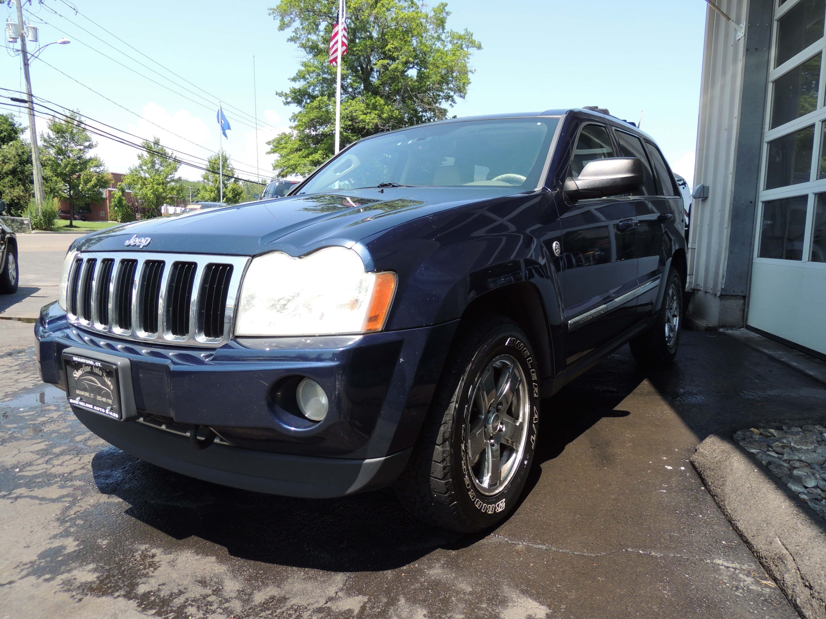 2005 jeep grand cherokee limited 5 7 hemi shoreline auto sales. Black Bedroom Furniture Sets. Home Design Ideas