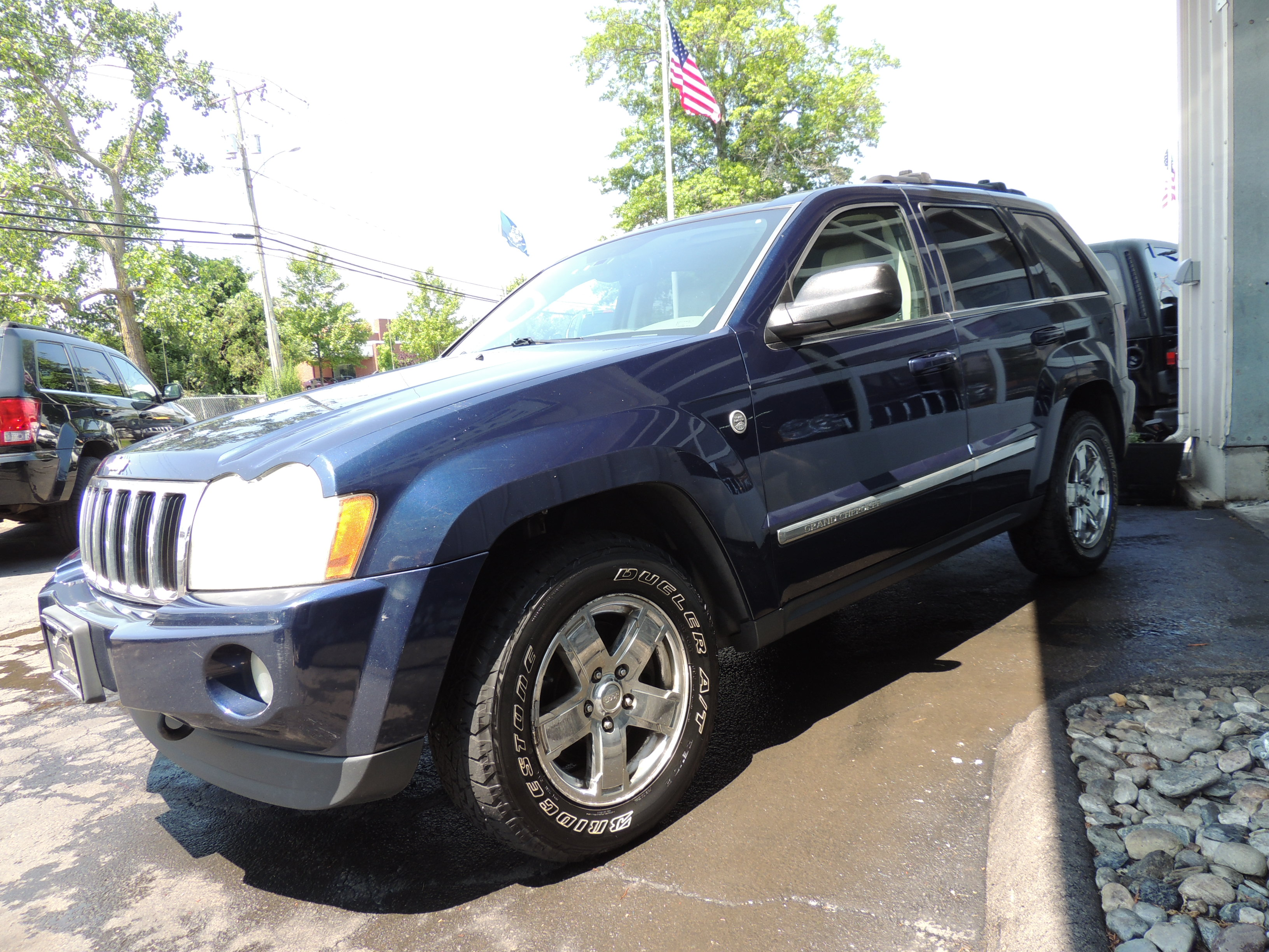 2005 jeep grand cherokee limited 5.7 hemi | shoreline auto s
